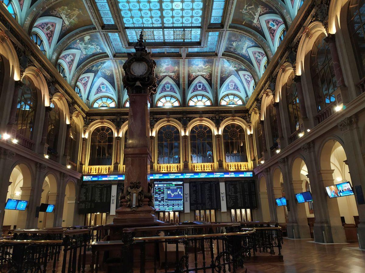 Foto: Vista del interior del Palacio de la Bolsa de Madrid. (EFE)