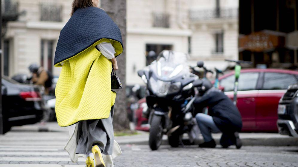Foto: Encuentra el abrigo perfecto para la última noche del año. (Imaxtree)