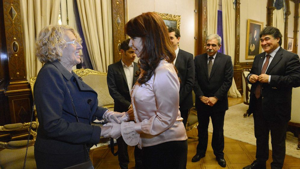 Foto: Cristina Fernández de Kirchner y Manuela Carmena. (Reuters)
