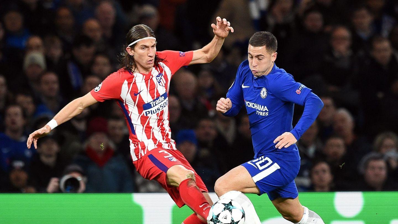 Hazard y Filipe se ven las caras como rivales en la Champions League. (Reuters)