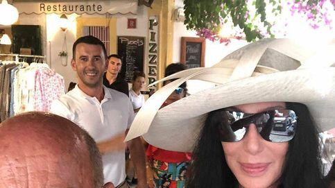 La icónica tienda de Vicente Ganesha, la primera parada de Cher en Ibiza