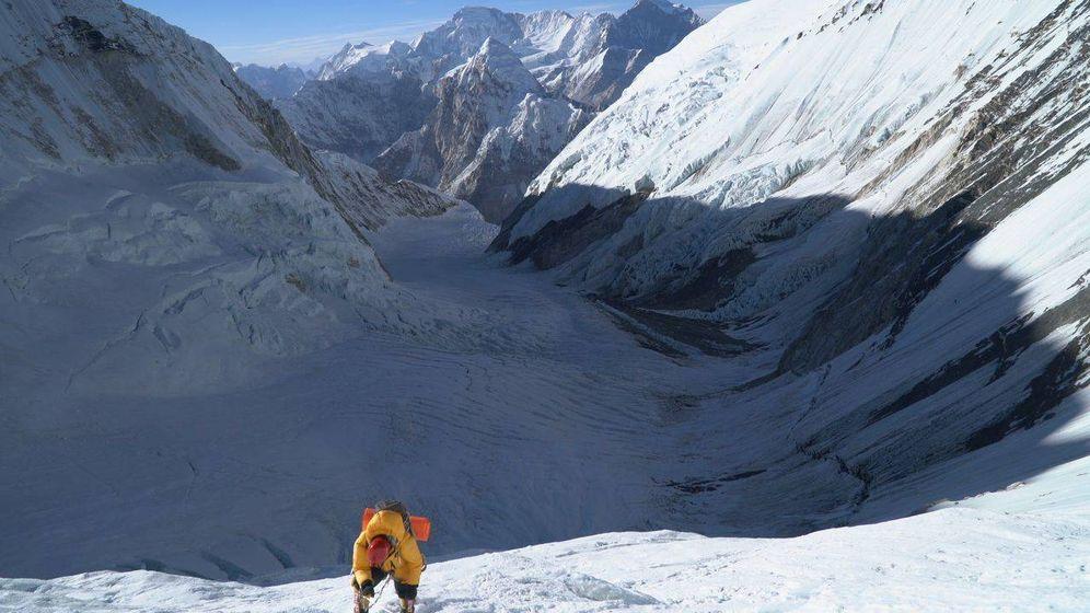Foto: Vista del impresionante Valle del Silencio, camino al C2 del Everest.