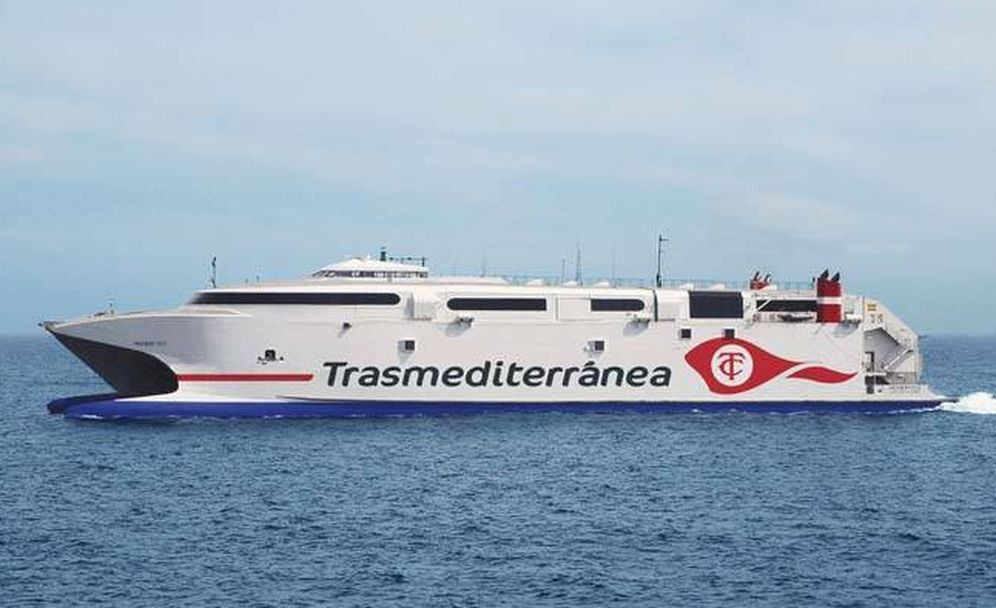 Foto: El buque Milenium Dos. (Transmediterránea)
