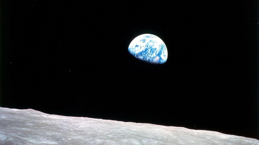 Foto: 50 aniversario de la primera fotografía de la tierra desde la órbita lunar.