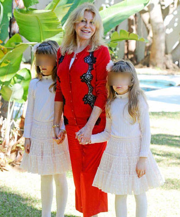 Foto: Carmen Thyssen con sus hijas