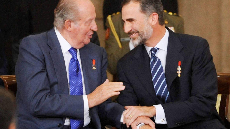 Felipe VI y su padre, el rey Juan Carlos I. (Getty)