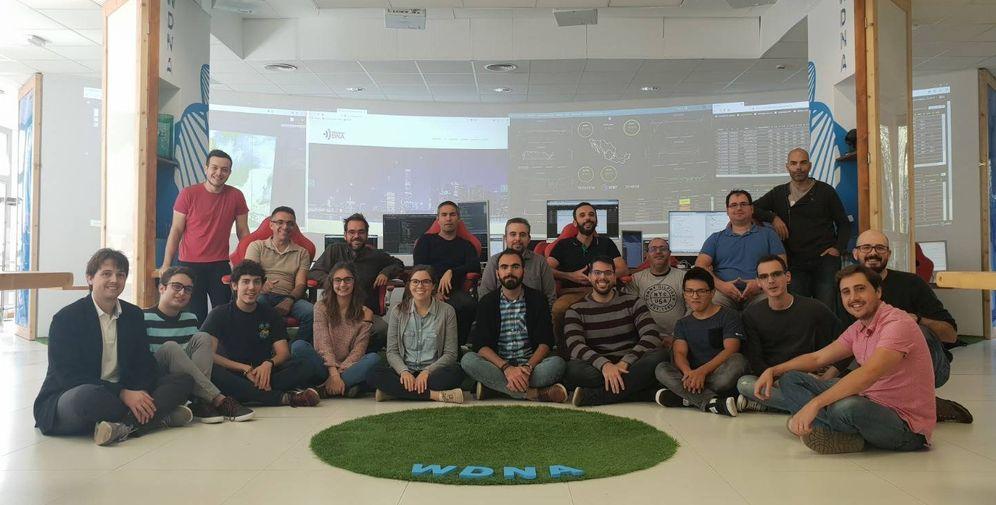 Foto: Parte del equipo de la compañía Wireless DNA. (Foto: Wireless DNA)