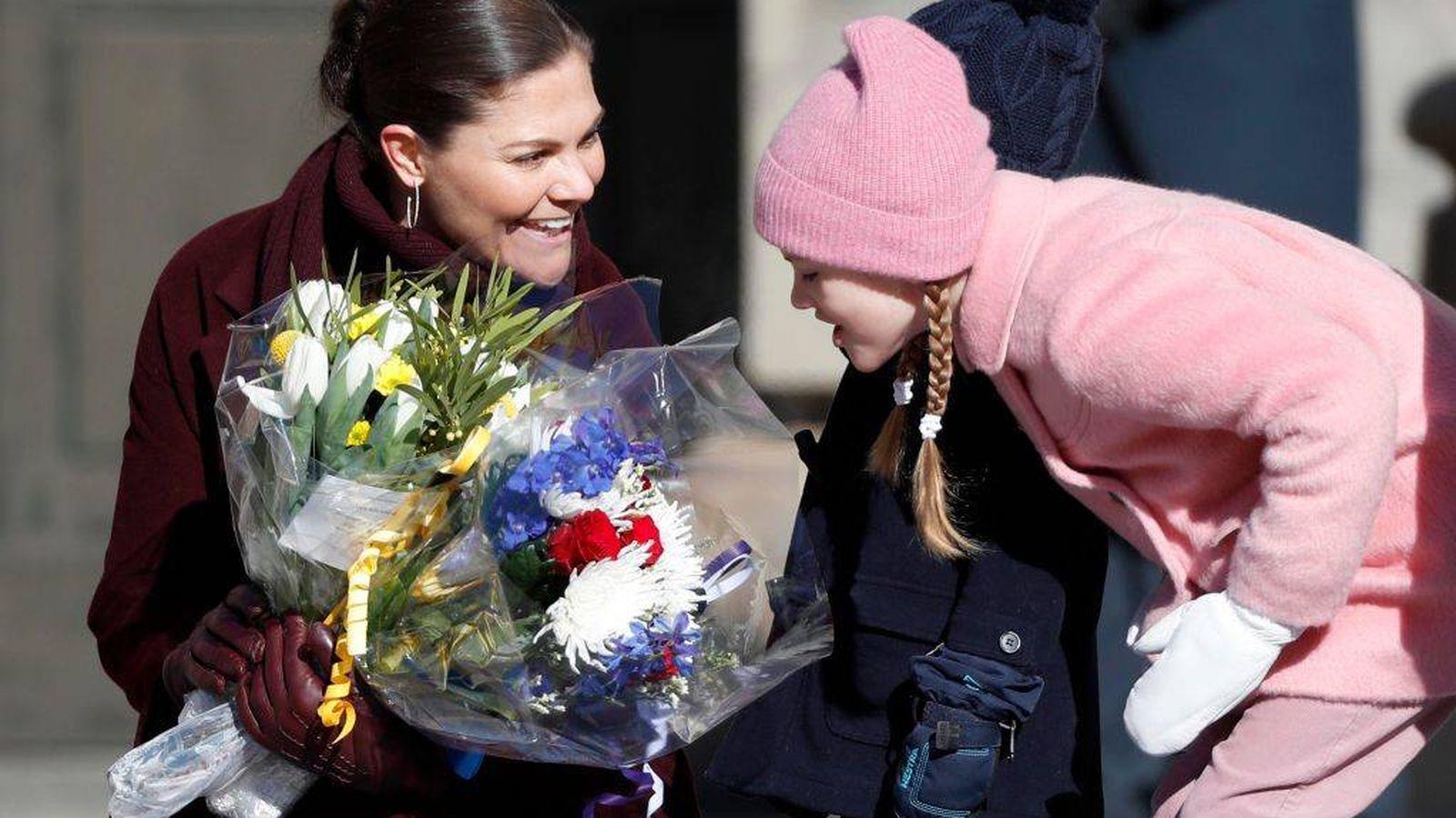 Foto: Victoria y Estelle de Suecia. (Getty)