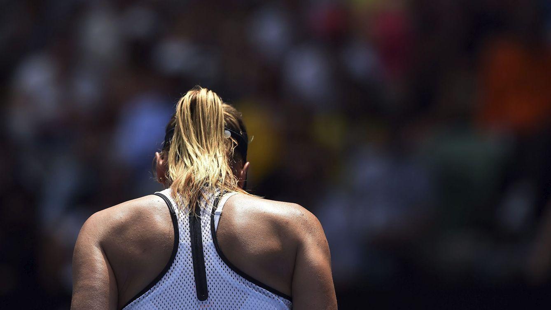Foto: Sharapova dio positivo el 26 de enero, el día en que perdió en los cuartos de final del Open de Australia contra Serena Williams. (Tracey Nearmy/EFE)