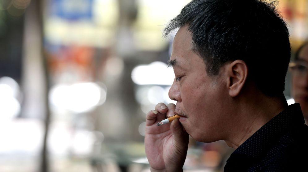 Foto: Los fumadores, más proclives a sufrir demencia (EFE/Loung Thai Linh)