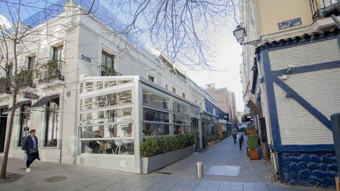 Recogida de basura extra, vigilantes... el callejón Puigcerdà busca la paz vecinal