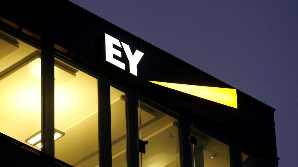Foto: Una sede de la compañía EY. (Reuters)