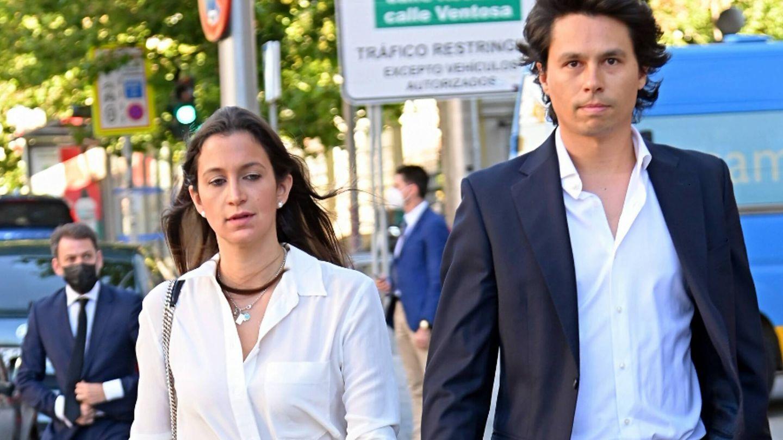 Álvaro Castillejo Preysler y su novia. (Cordon Press)