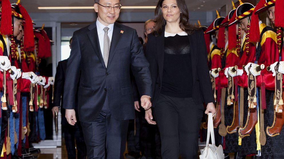 Victoria de Suecia emula a Letizia y deja entrever más de lo quería