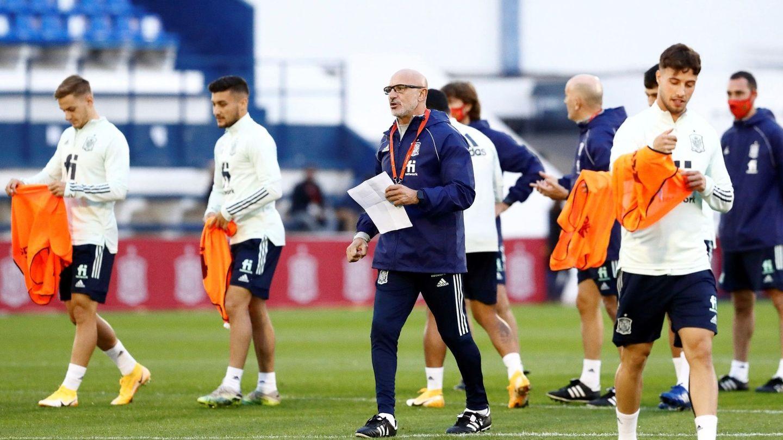 Luis de la Fuente, en un entrenamiento de la Selección Sub 21. (EFE)