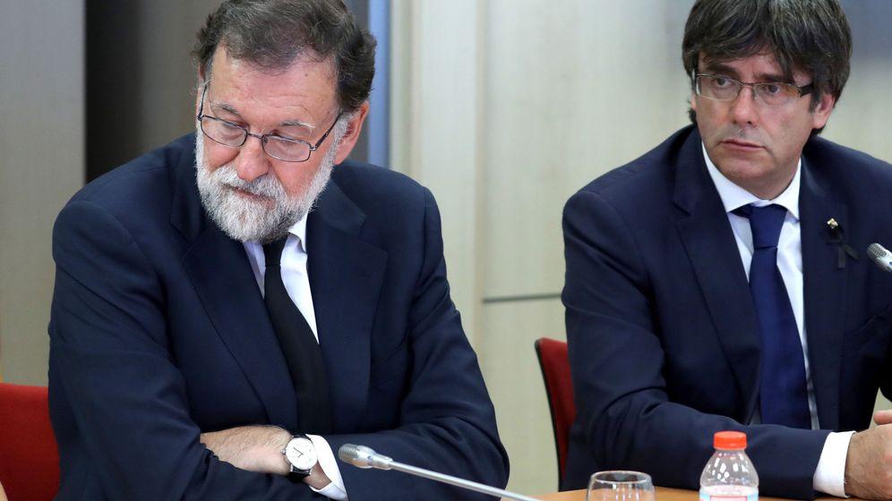Foto: Rajoy, con Puigdemont. (EFE)