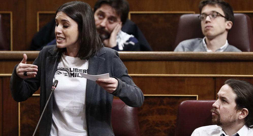Foto:  Irene Montero con la camiseta en honor a Milagro Sala. (Efe)