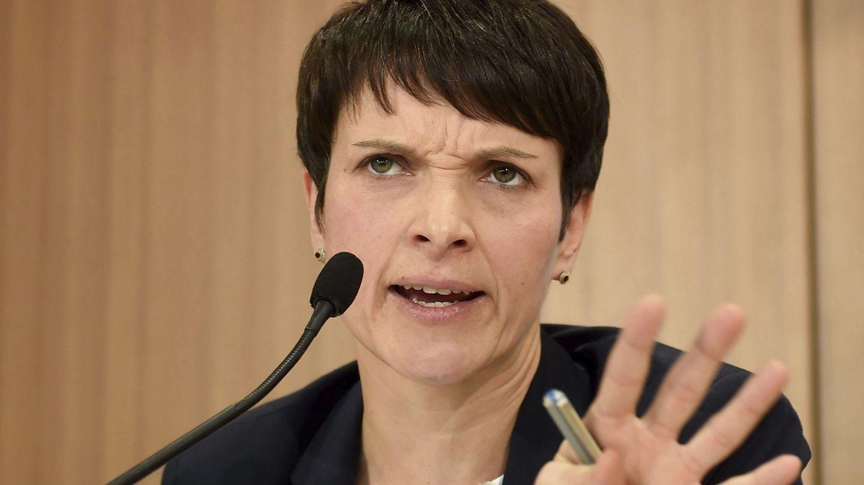 La líder de Alternativa para Alemania (AfD), Frauke Petry, durante una rueda de prensa en Berlín, el 5 de diciembre de 2016 (EFE)