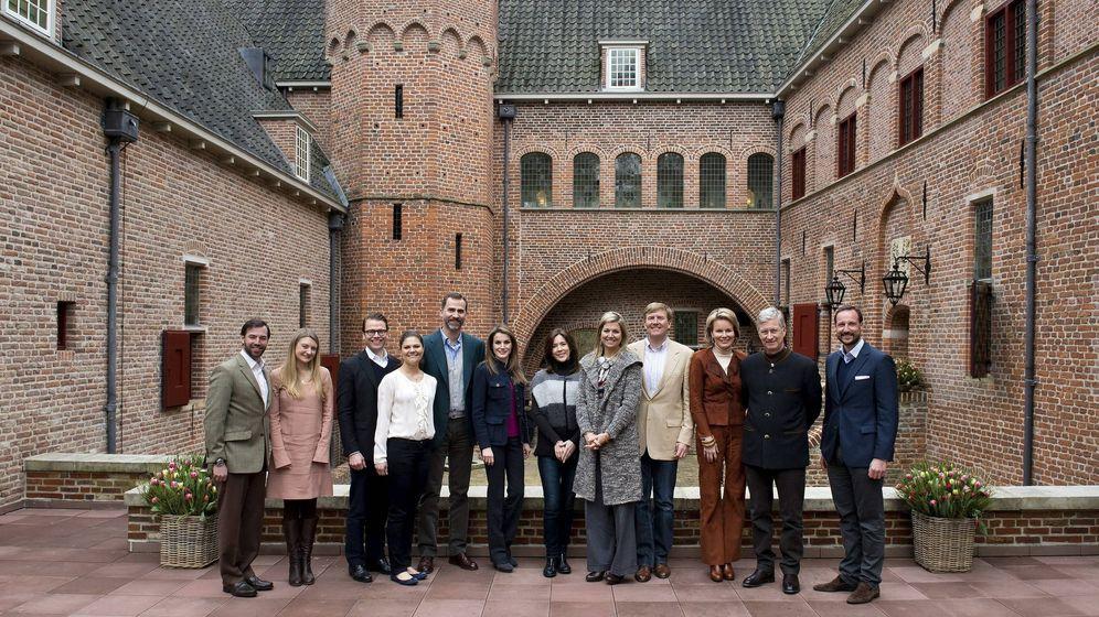 Foto: Don Felipe y Doña Letizia, en un encuentro de príncipes europeos en Holanda, en 2013. (Efe)