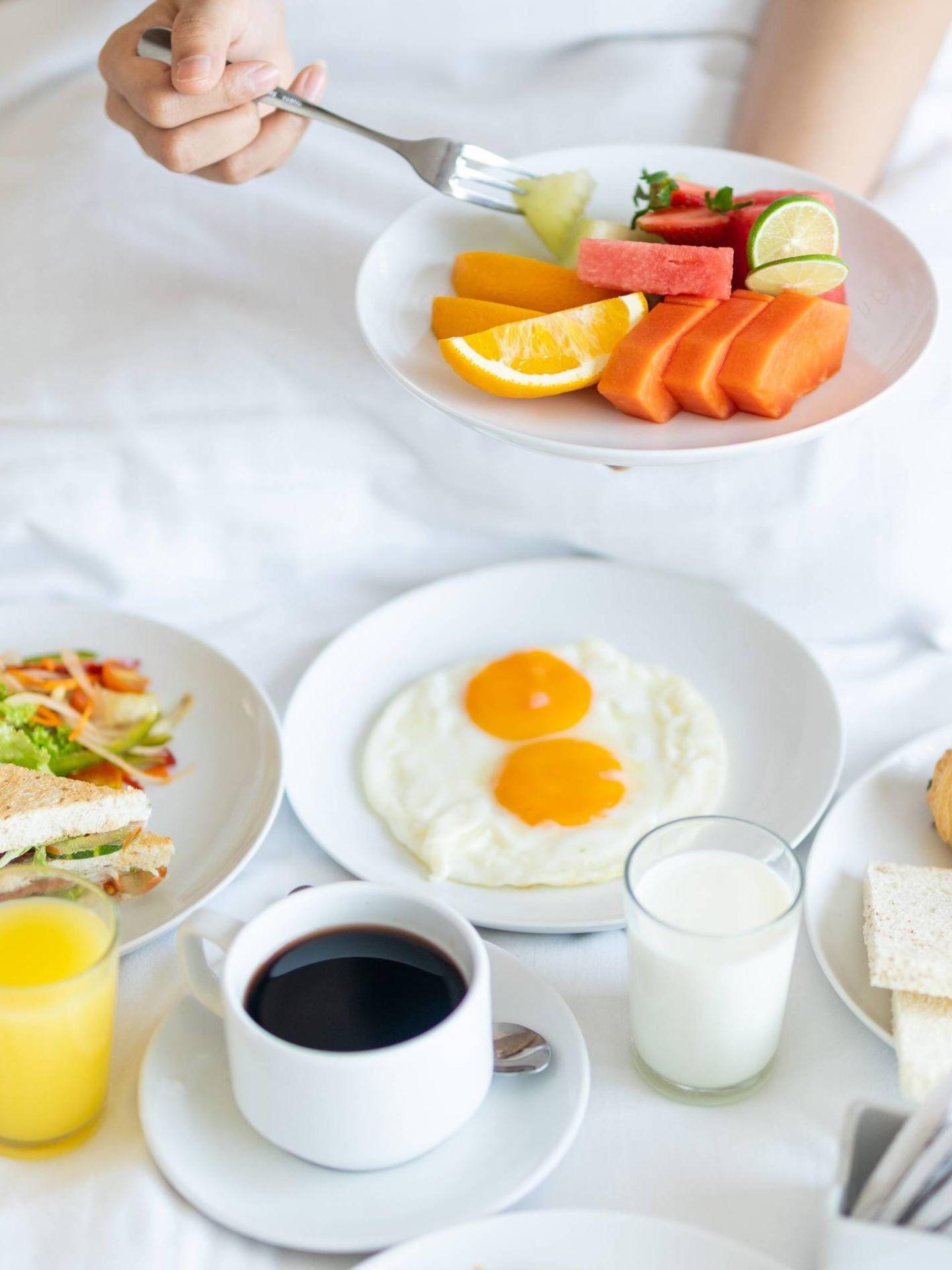 Desayunos saludables para empezar el día con energía. (Febrian Zakaria para Unsplash)