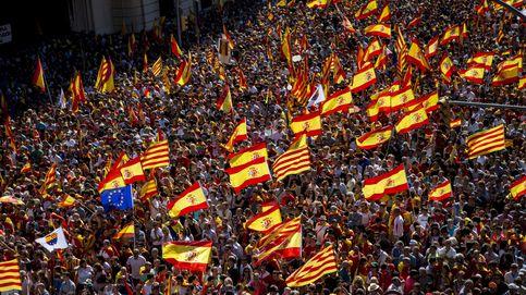Decenas de entidades catalanas pro unidad llevan el 'espíritu del 8-O' al 12 de octubre