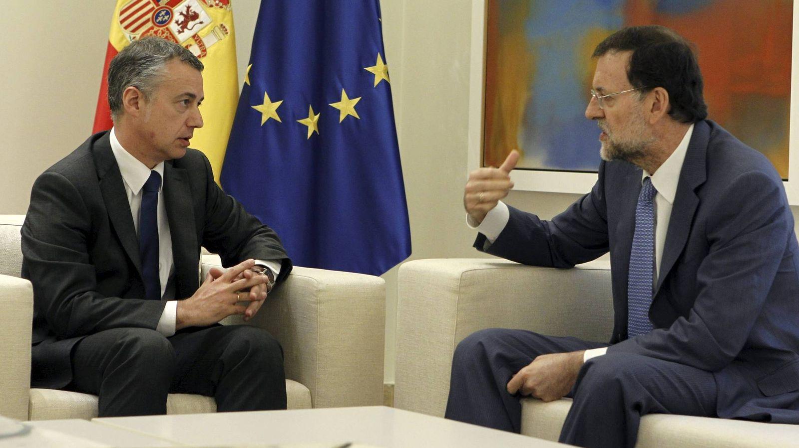 Foto: Íñogo Urkullu y Mariano Rajoy, durante la reunión mantenida por ambos en La Moncloa en 2012. (EFE)