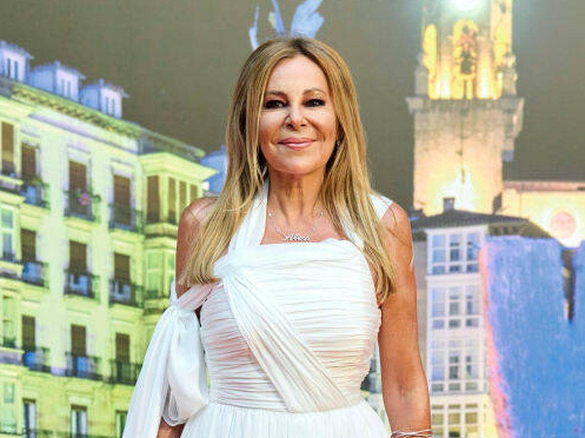 Foto: Ana Obregón, en la gala de clausura del FesTVal. (Getty)
