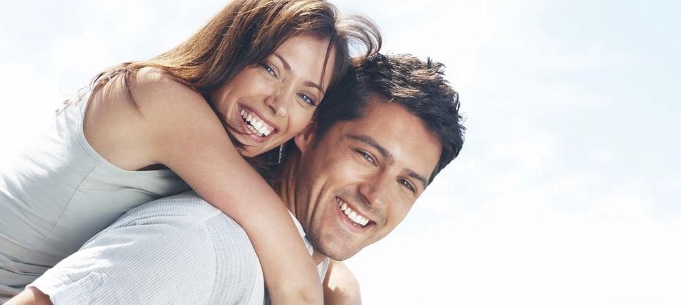 Foto: Para ser felices es importante contar con gente alrededor que nos quiera. (iStock)
