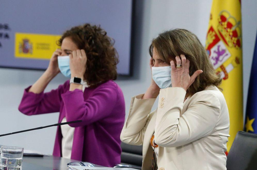 Foto: María Jesús Montero y Teresa Ribera, este 23 de junio tras el Consejo de Ministros. (EFE)