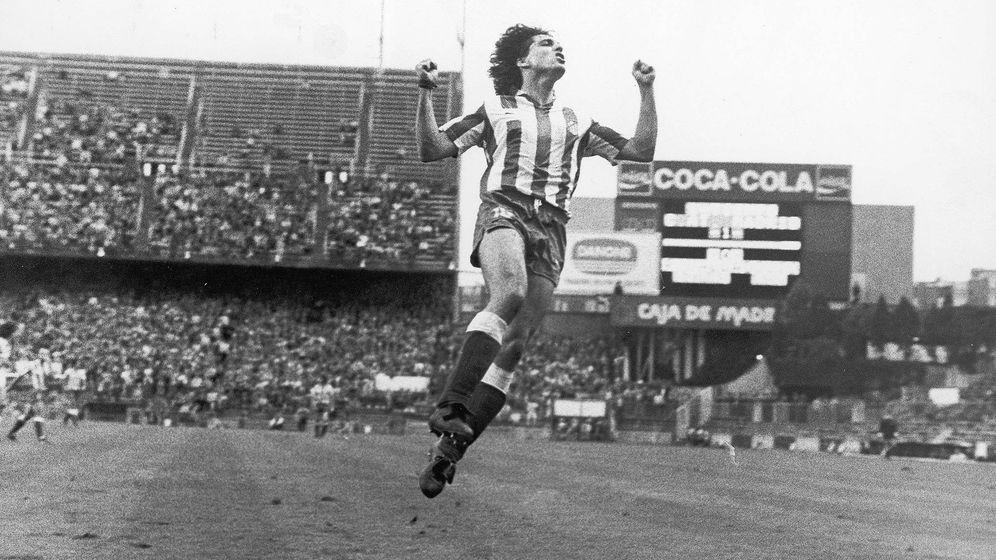Foto: Paulo Futre celebra un gol en el Calderón. (Facebook Paulo Futre Oficial)