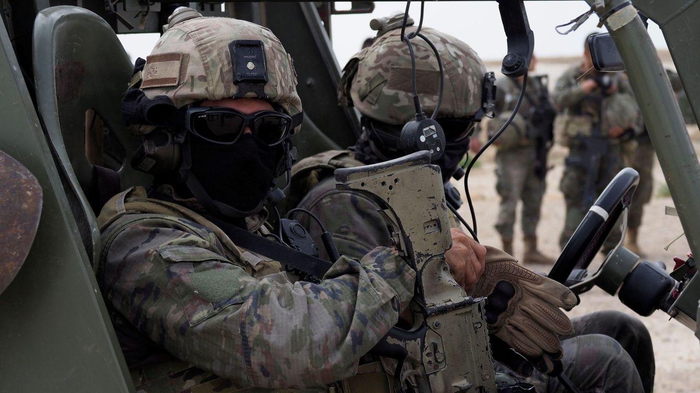 Un juez militar absuelve a los sargentos que llamaron minion y enana a una colega