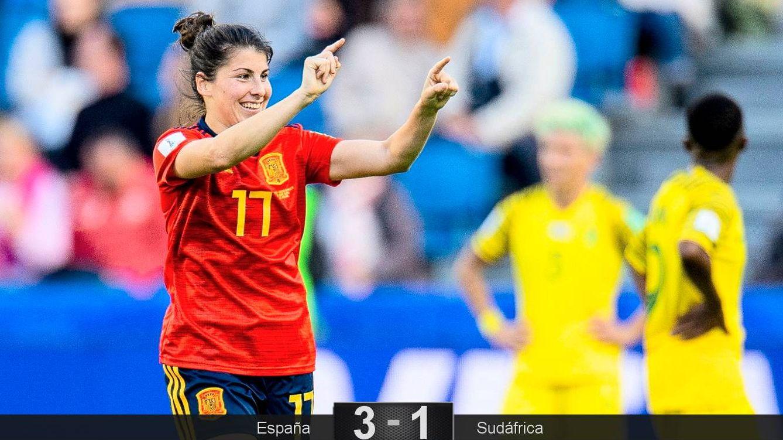 Foto: Lucía García celebra su gol a Sudáfrica. (EFE)