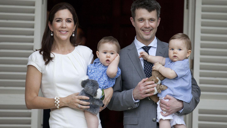 Federico, Mary y sus mellizos en Australia (Gtress)