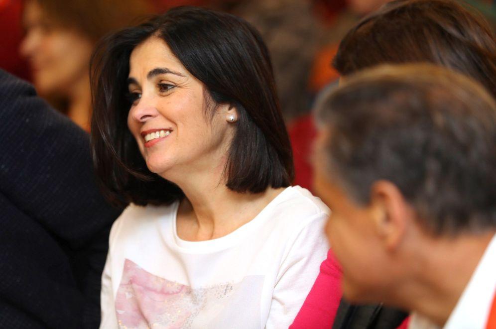 Foto: La consejera canaria Carolina Darias, nueva ministra de Política Territorial, este 11 de enero en el comité regional del PSOE regional, en Las Palmas. (EFE)