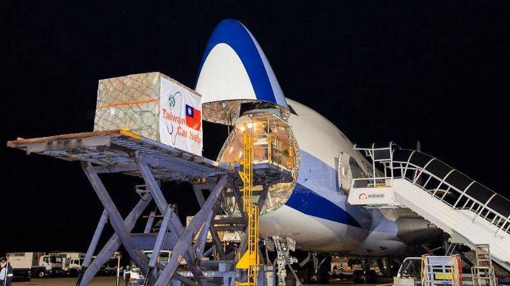 Foto: El avión de China Airlines que ha llegado hoy con las mascarillas