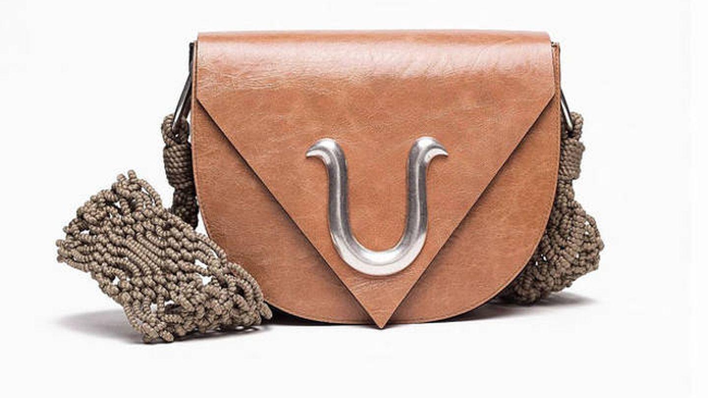 El bolso de Roberto Verino.