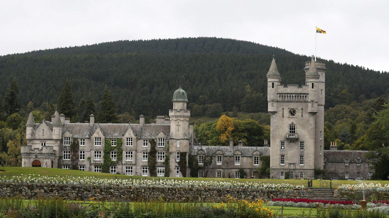 Vista general del Castillo de Balmoral, en Escocia. (Reuters)