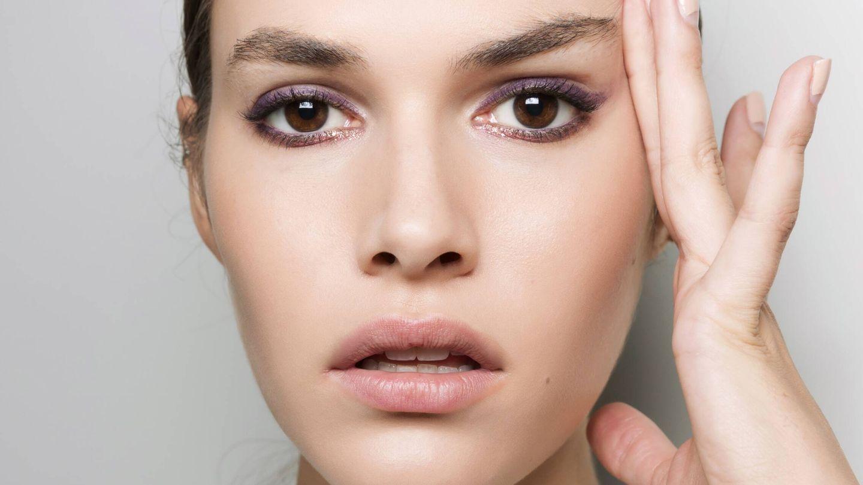 La firmeza de la piel puede mejorar con ayuda de tratamientos estéticos como la hidroxiapatita cálcica. (Imaxtree)