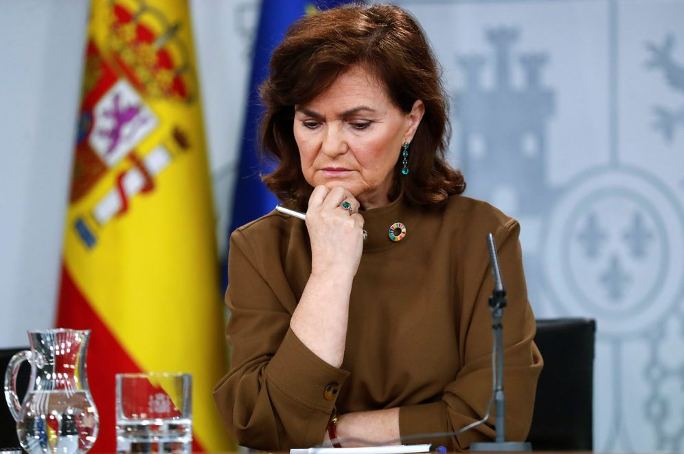 Foto: Carmen Calvo, vicepresidenta del Gobierno, durante la rueda de prensa de este 8 de febrero. (EFE)