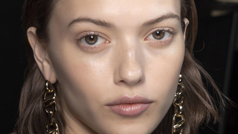 Son tendencia las pieles muy hidratadas, jugosas y luminosas. (Imaxtree)