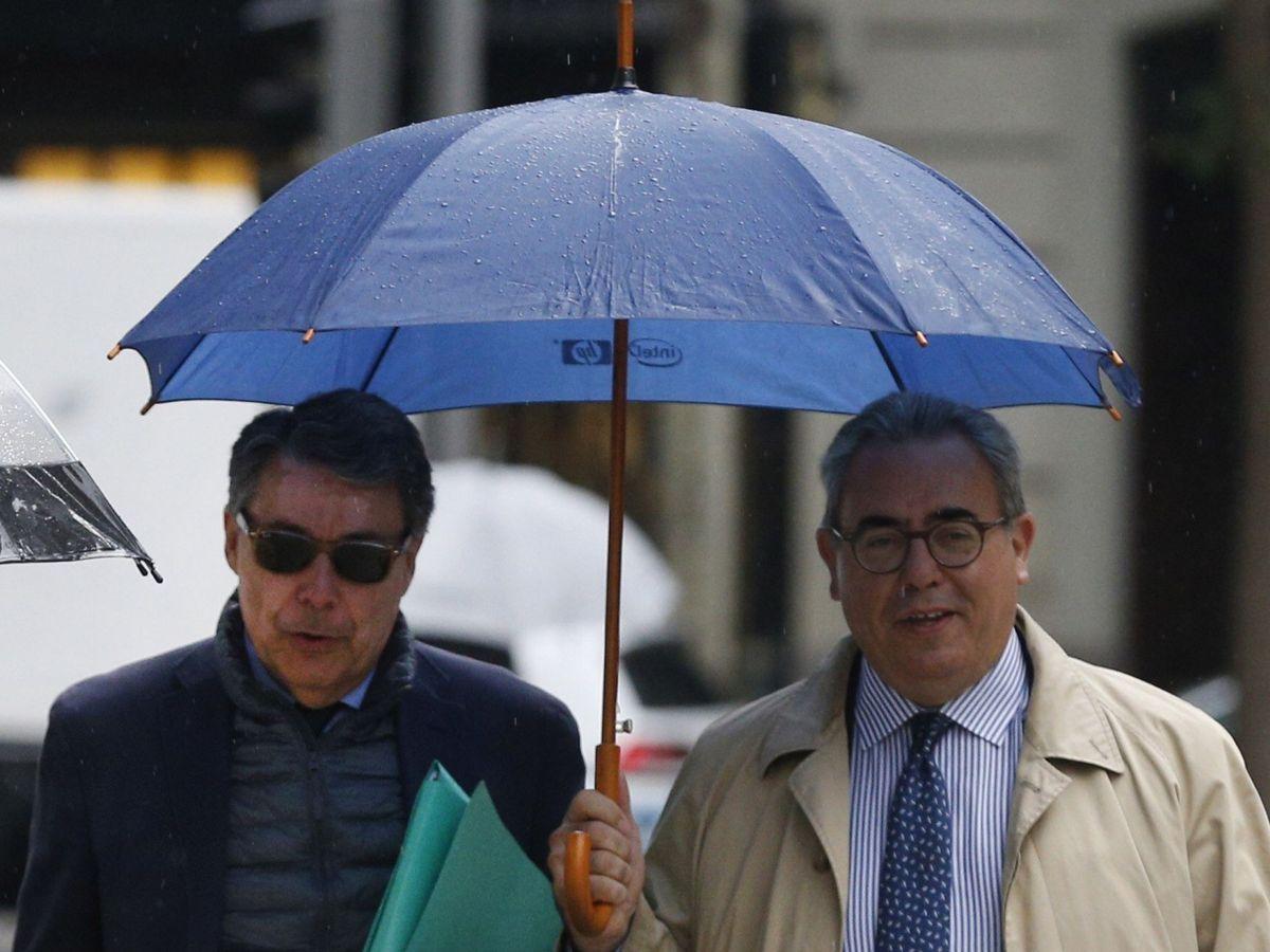 Foto: El expresidente madrileño, Ignacio González, a su llegada a la Audiencia Nacional en octubre para testificar por Púnica. (EFE)