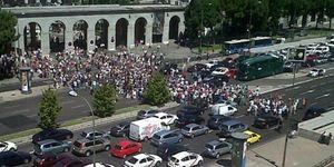 """Los funcionarios, a las puertas del ministerio: """"Nosotros no hemos provocado la crisis"""""""