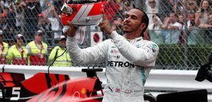 Post de Hamilton gana tras una embestida de Verstappen y Sainz asombra con una 6º plaza