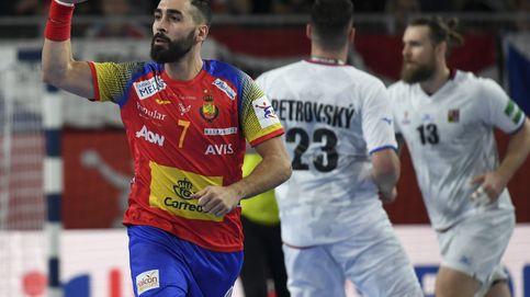 España arrasa a la República Checa en su debut en el Campeonato de Europa