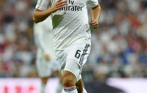 Unas molestias dejan al Madrid sin Khedira: sólo juega con Alemania