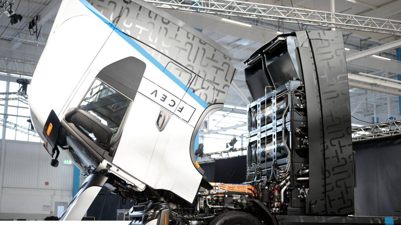 Durante la inauguración de la nueva planta de Iveco y Nikola fue presentado el Nikola Tre FCEV, un camión eléctrico con pila de hidrógeno que empezará a fabricarse en 2023.