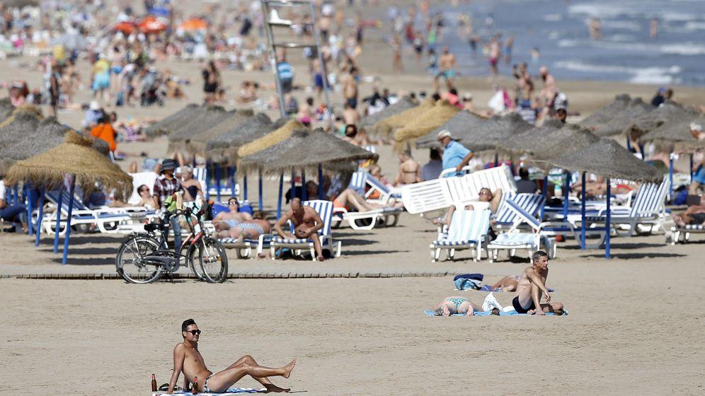 Foto: Playa de la Malvarrosa, en Valencia. (EFE)