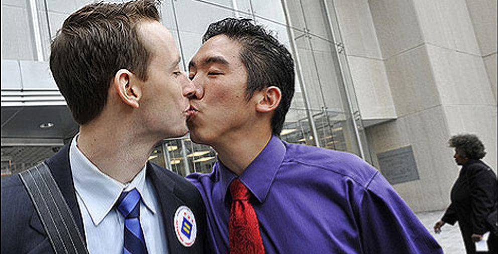 The Washington Post pierde suscripciones por una fotografía gay en la portada