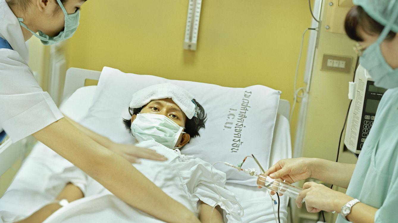 Foto: Consejos para evitar pillar una pulmonía (Corbis)
