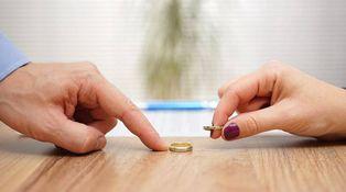 Estoy divorciado y voy a vender una casa, ¿cómo debo declararlo?